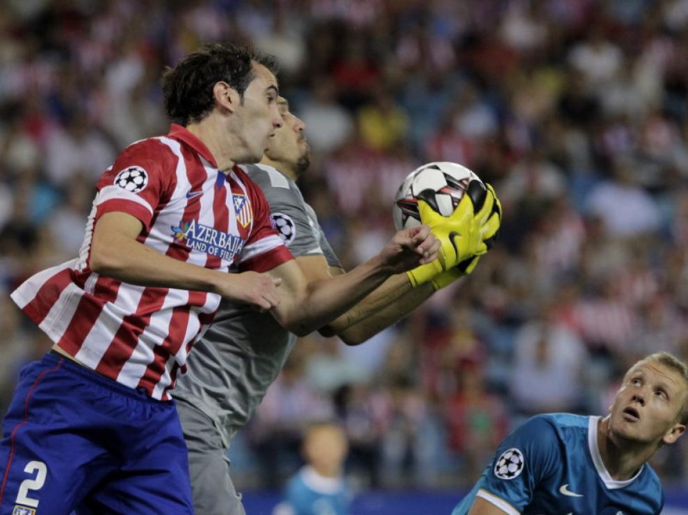 Partido entre el Atlético y el Zenit en el Calderón
