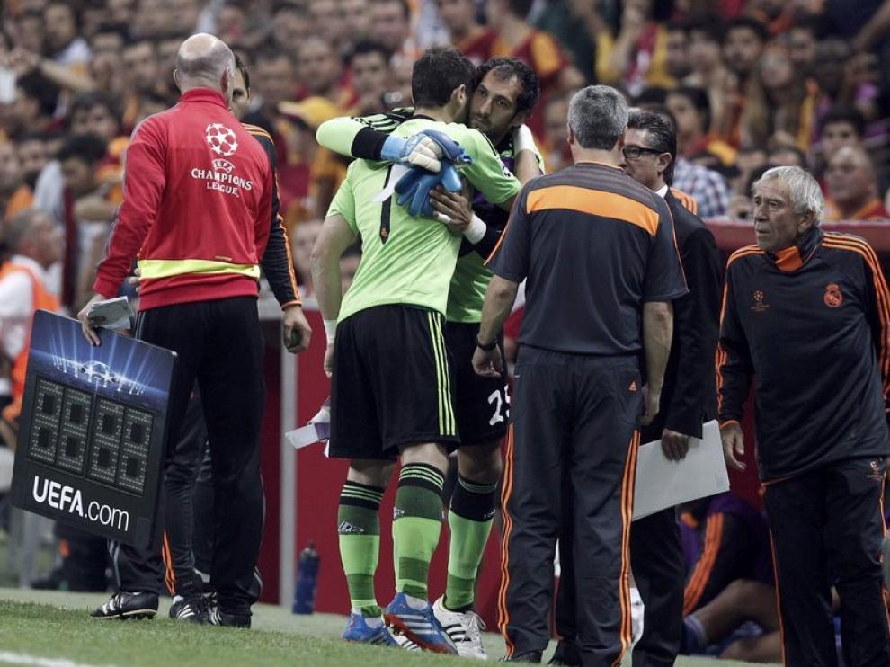 CAsillas, lesionado ante el Galatasaray