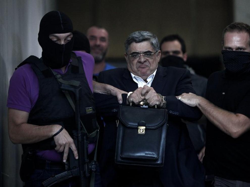 La cúpula de Amanecer Dorado fue arrestada tras el asesinato del rapero antifascista Pavlos Fyssas en 2013. En imagen, el líder del partido Nikolaos Mijaloliakos.