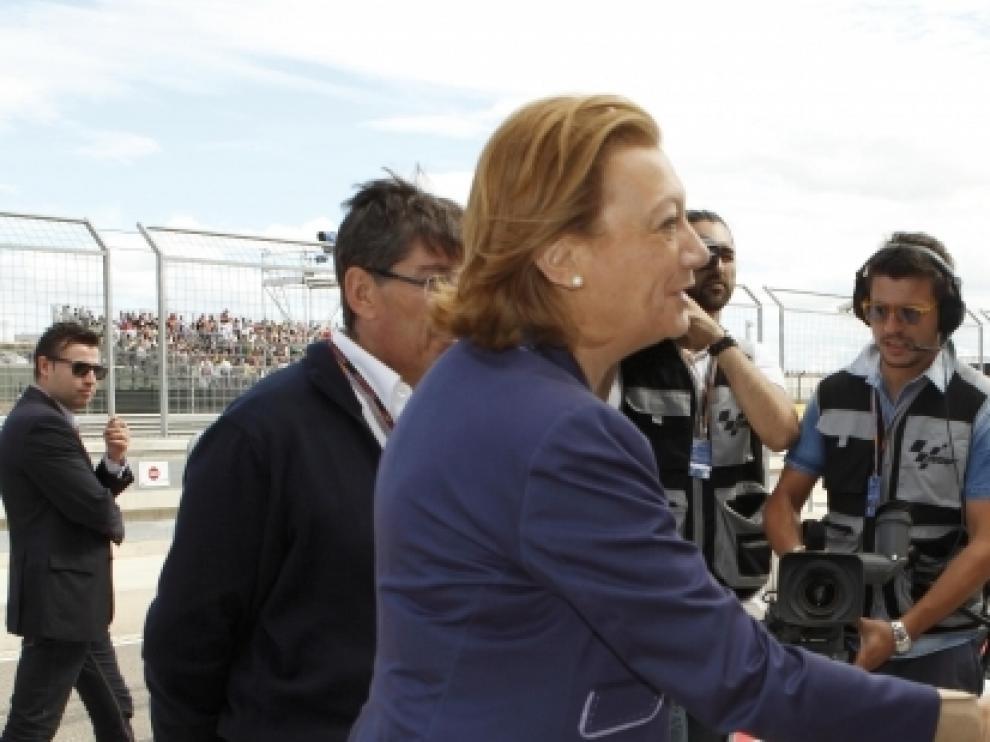 Rudi saluda al piloto Jorge Lorenzo