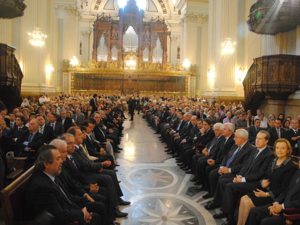 Las autoridades políticas, durante la misa