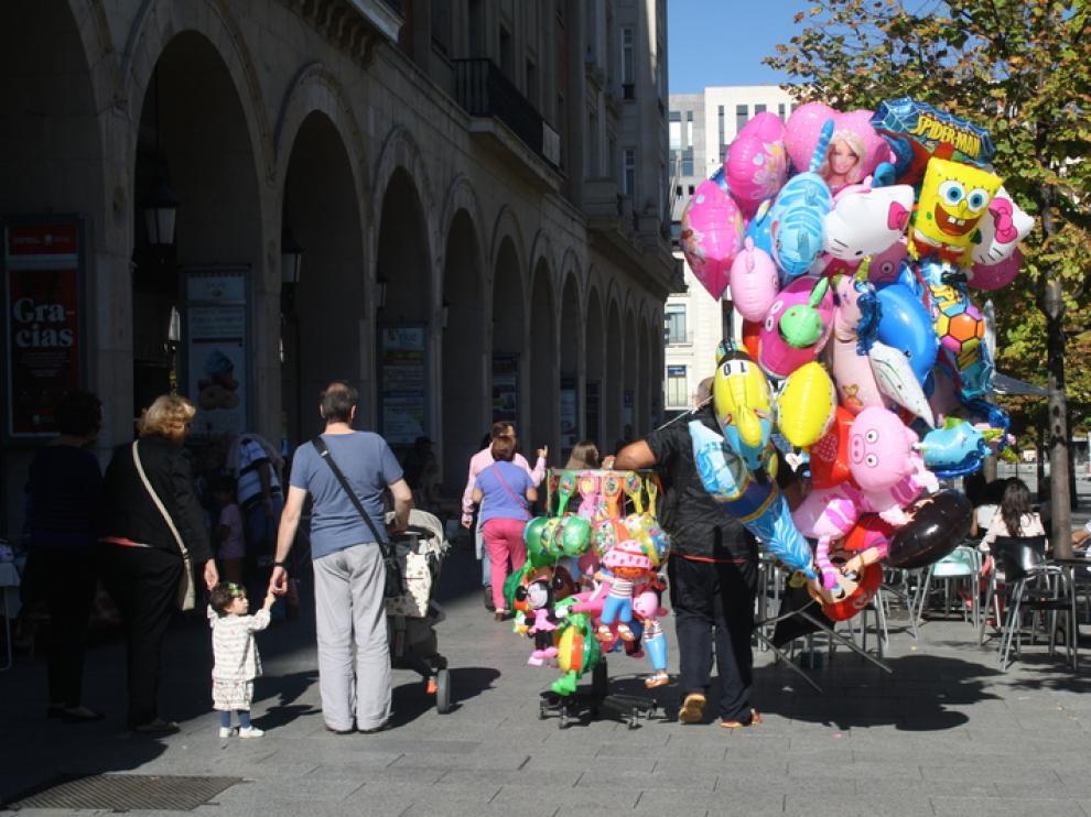 El ambiente de fiesta inunda Zaragoza