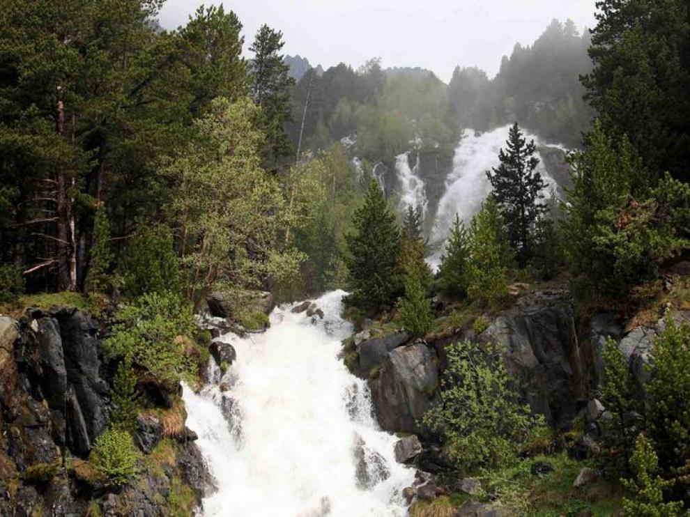 La central incumpliría la normativa del Parque Natural Posets-Maladeta