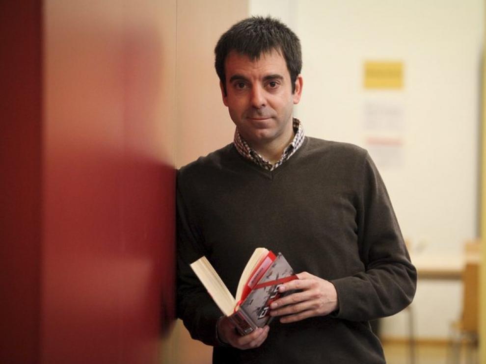 El escritor David Lozano, coordinador del programa.