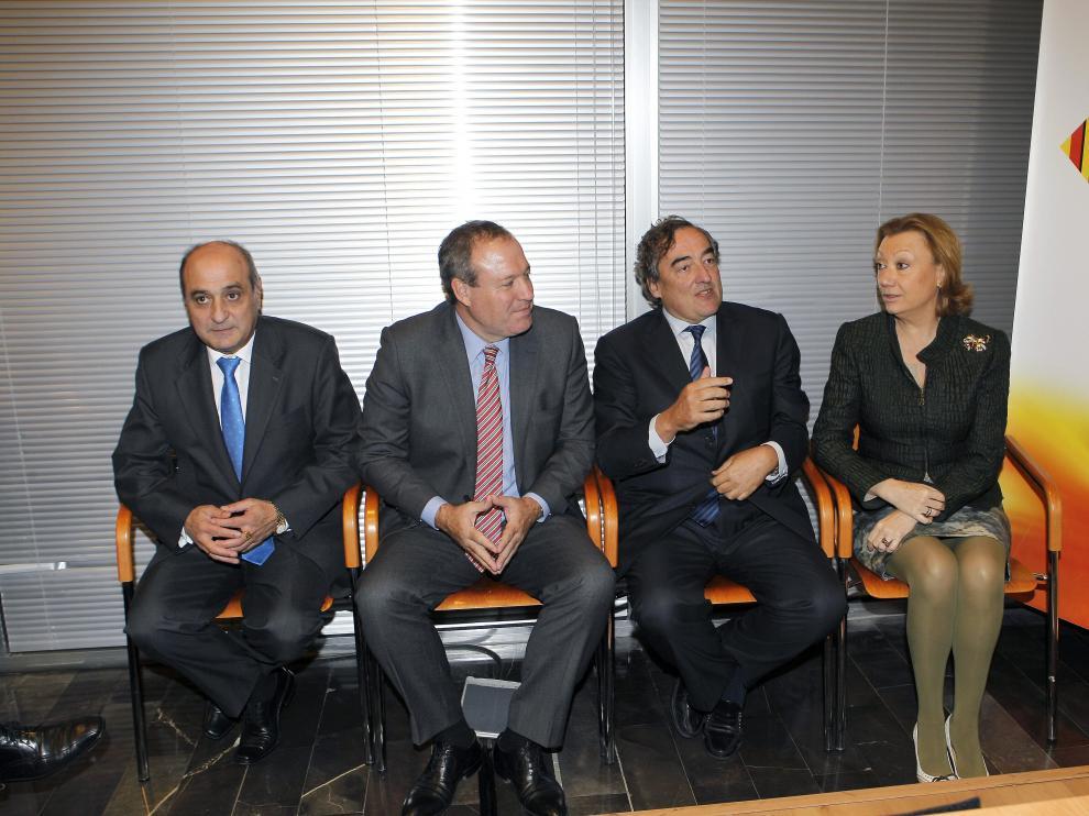 Rudi y el presidente de la patronal junto al nuevo presidente de la CREA