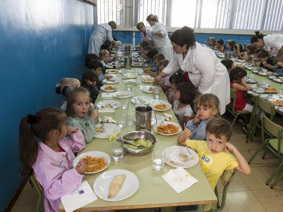Imagen de archivo de  un comedor escolar de Zaragoza