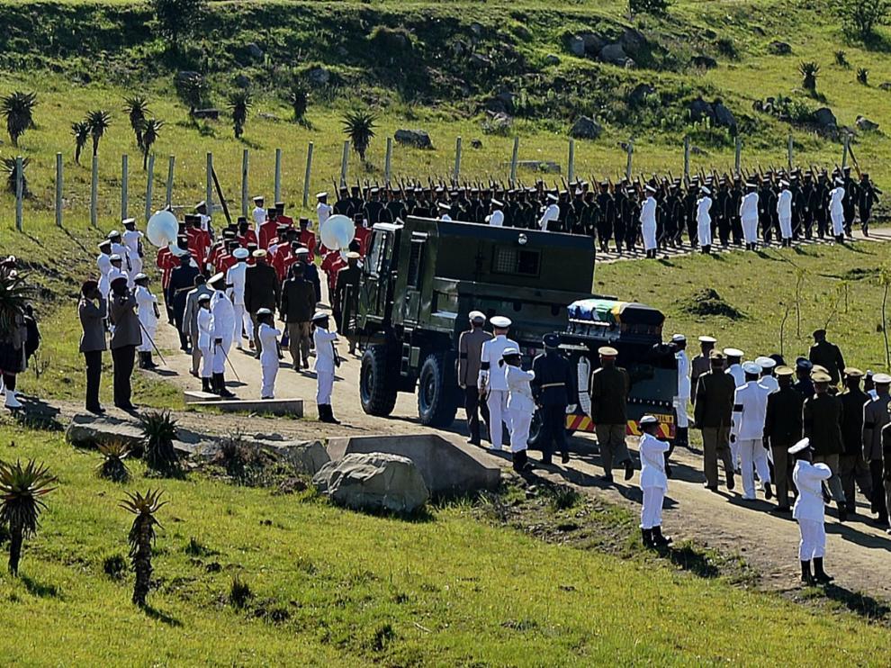 La aldea sudafricana de Qunu recibe a Nelson Mandela