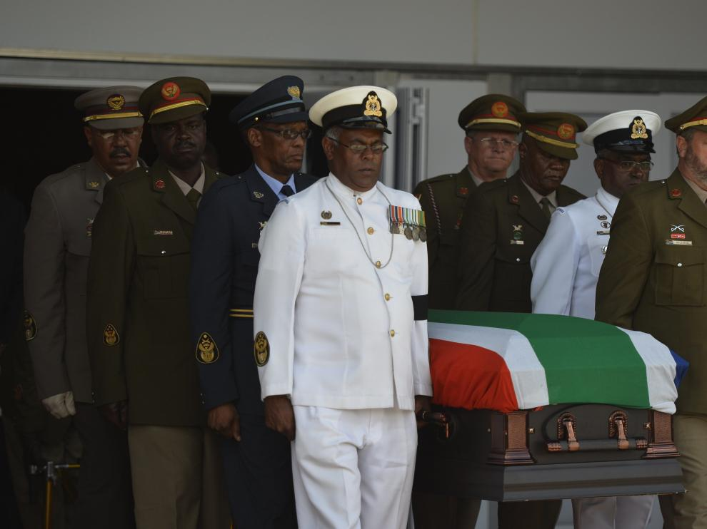 Mandela descansará en su finca de Qunu