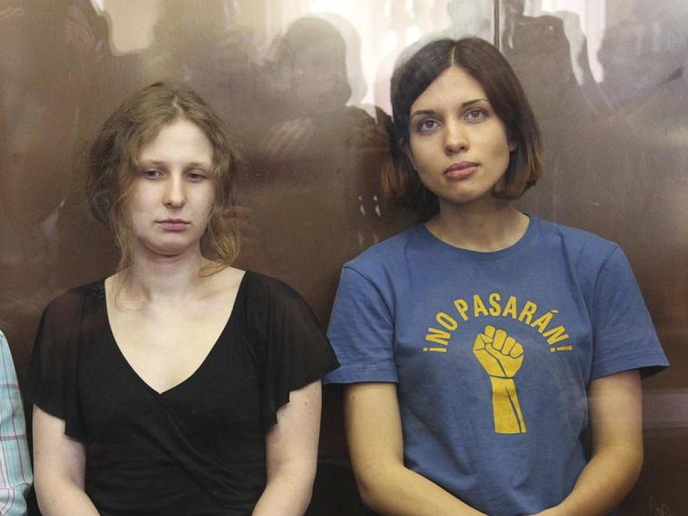Las dos integrantes de las Pussy Riot