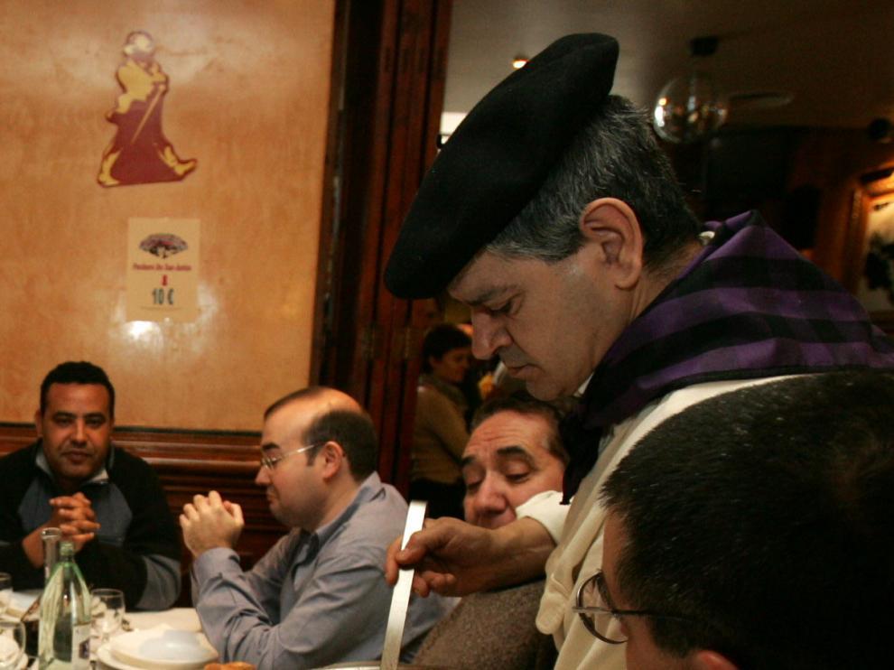 Comida de puchero en un restaurante de Huesca