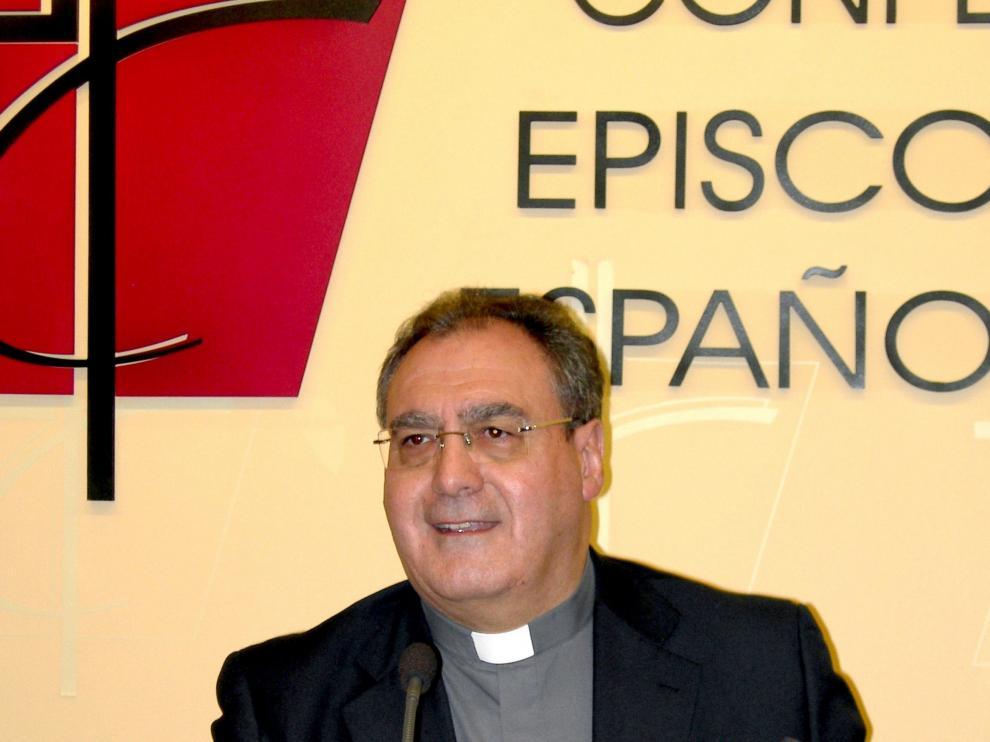 Gil Tamayo, durante la presentación de los datos de asignaciones a favor de la Iglesia