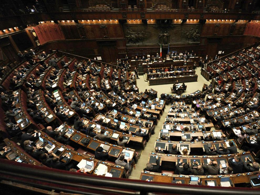 Parlamento Italiano votación Renzi