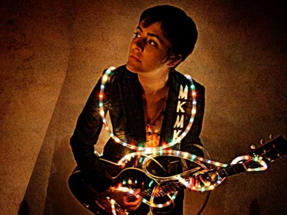 Maika Makowski ofrecerá un concierto íntimo en El Plata