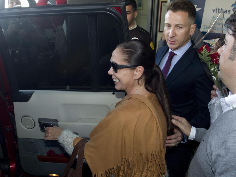 María Isabel Pantoja sale del hospital