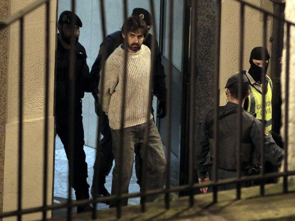 Momento de la detención del presunto colaborador de ETA Asier Gonzalez Soreasu