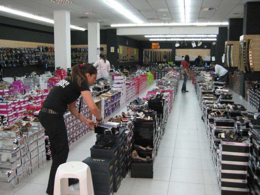 Caen las exportaciones y suben las importaciones de calzado en Aragón
