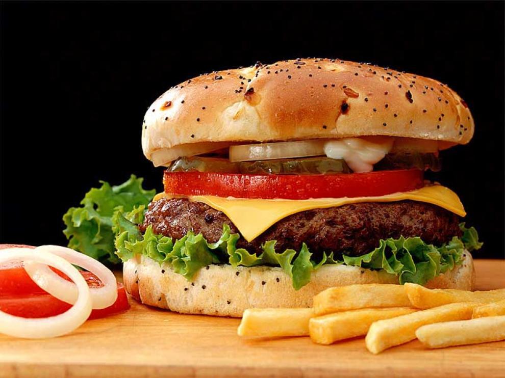 Las hamburguesas, un ejemplo de comida rápida