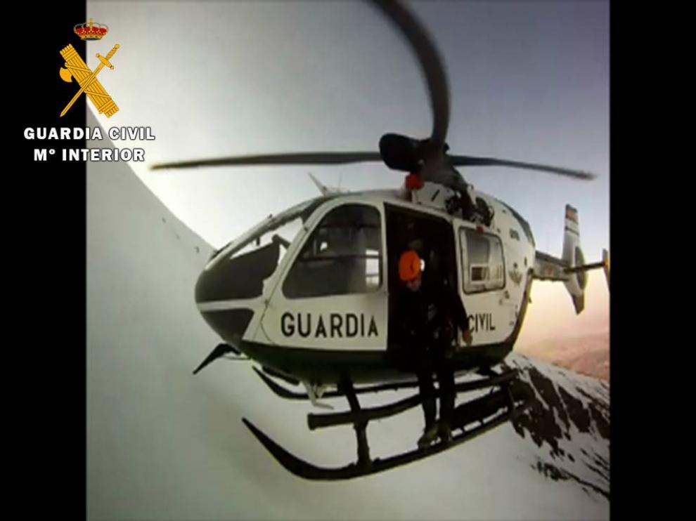 Rescate de un montañero realizado por la Guardia Civil