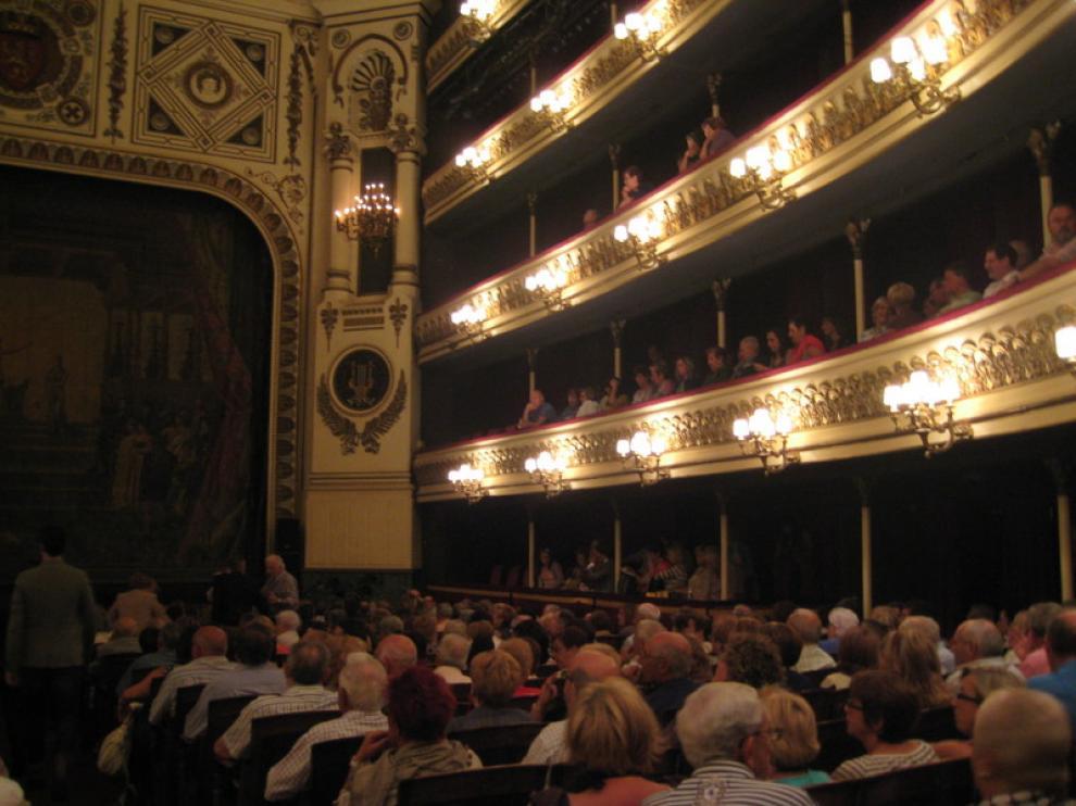 'Los lunes del Principal', una cita con la literatura, música, teatro y cómic en Zaragoza