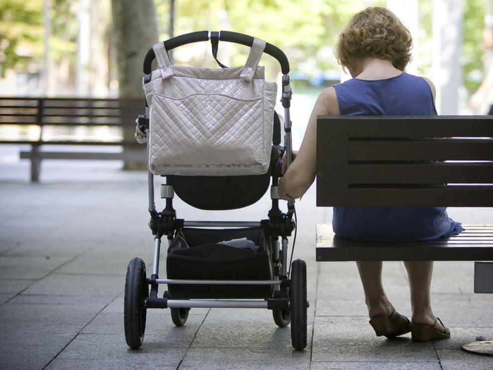 El cuidado de los hijos recae en las madres en un 82% de casos según el CIS