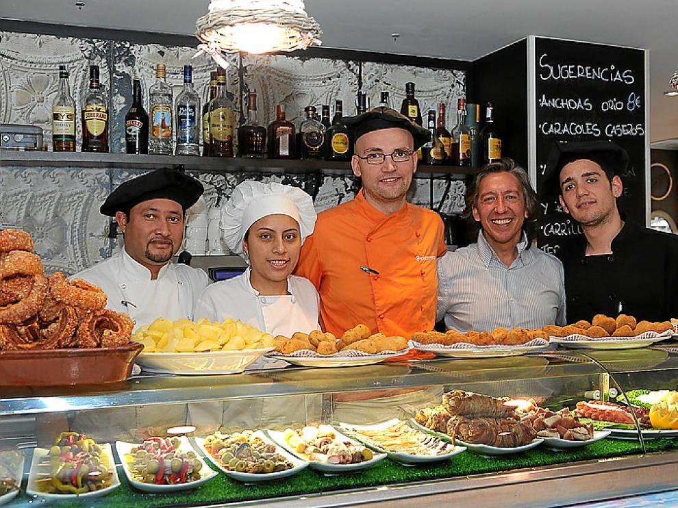 Nicolás Rosales, Joana Tualombo, Ismael Herrero, Pedro Ruiz y Diego Virgos.