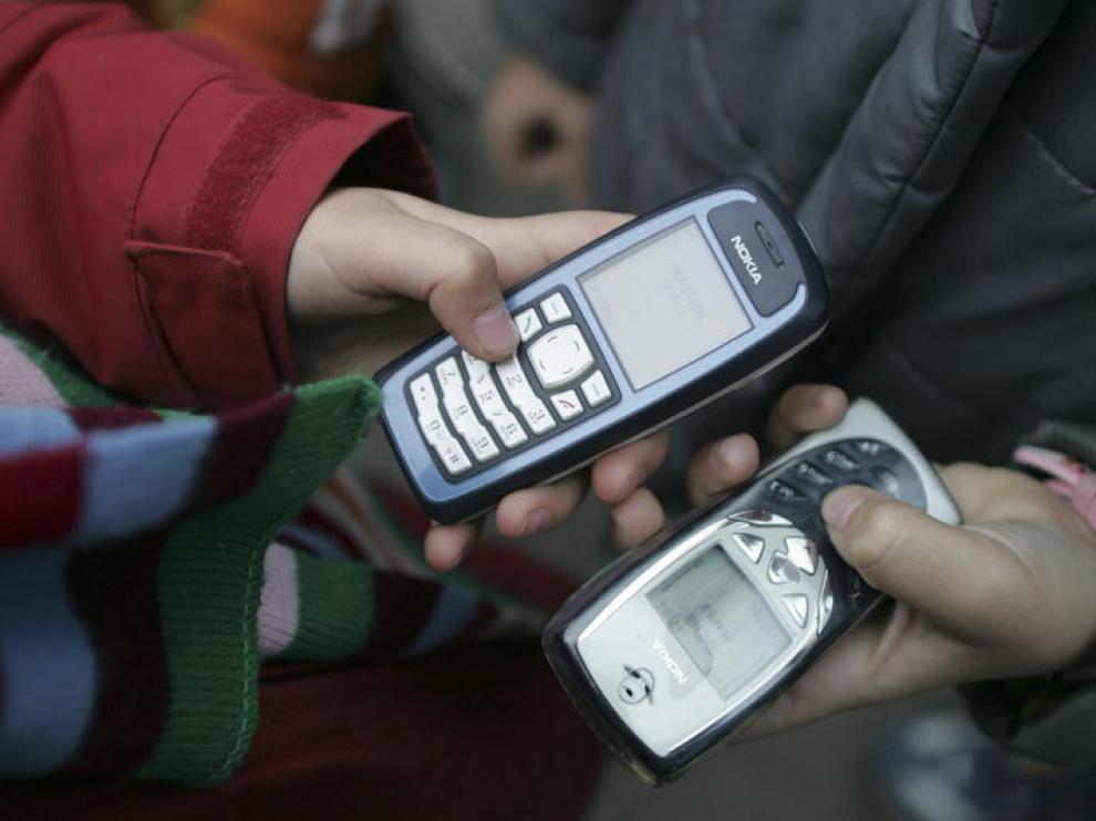 El 65 % de las materias primas recuperadas de un móvil son plásticos.
