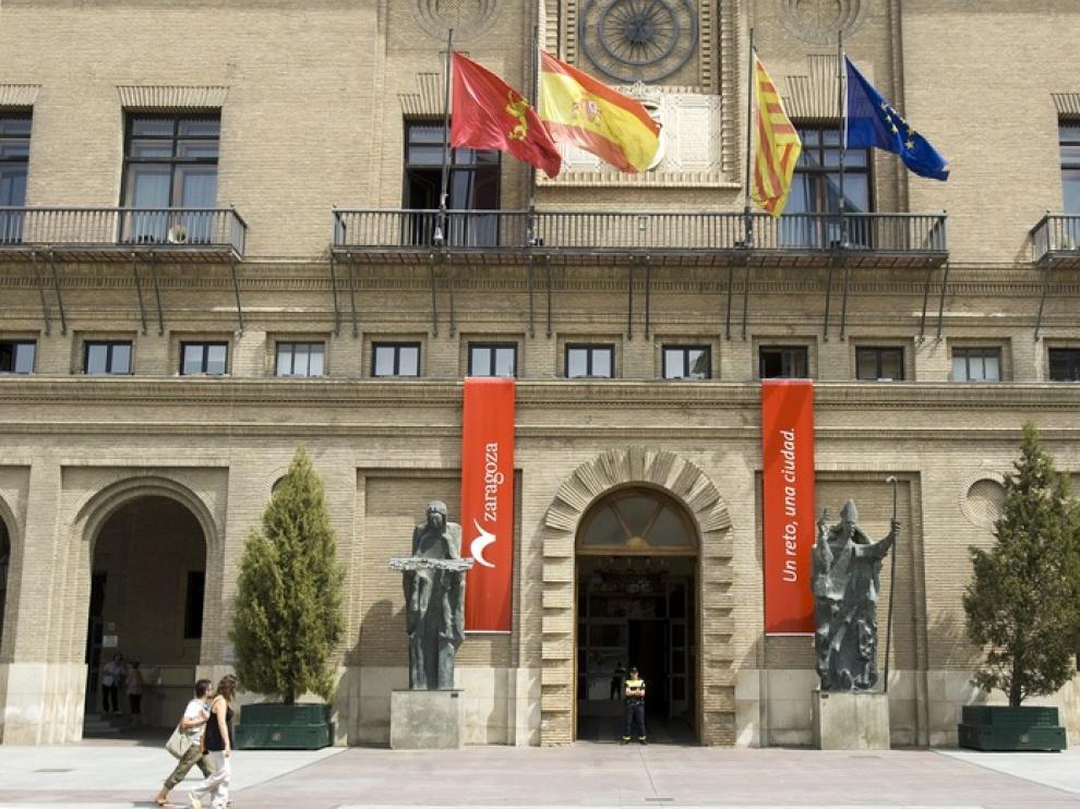30 euros por entrar en una bolsa de empleo para periodistas del Ayuntamiento