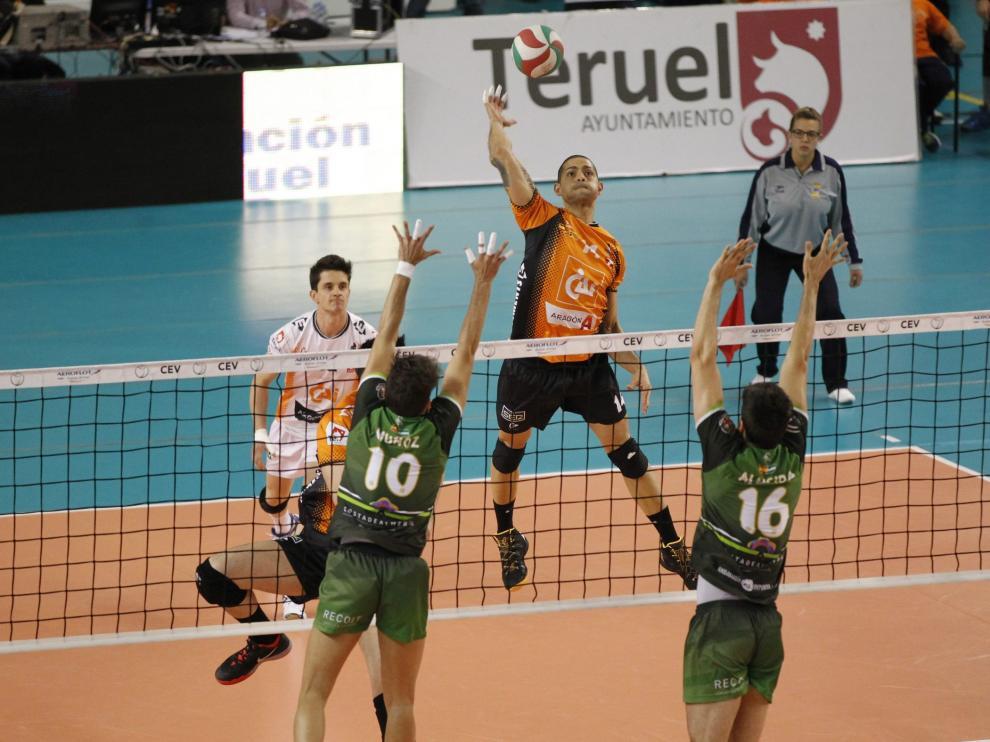El CAI Voleibol Teruel comenzará la 'Champions' en casa ante el Wegiel polaco