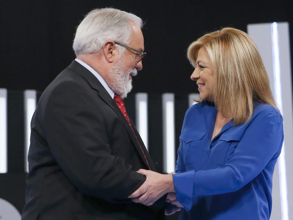 Elena Valenciano (PSOE) y Arias Cañete (PP)