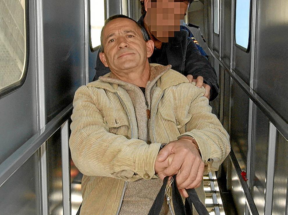 Fernando Silva Sande, en 2005, cuando fue extraditado a España, foto de archivo.