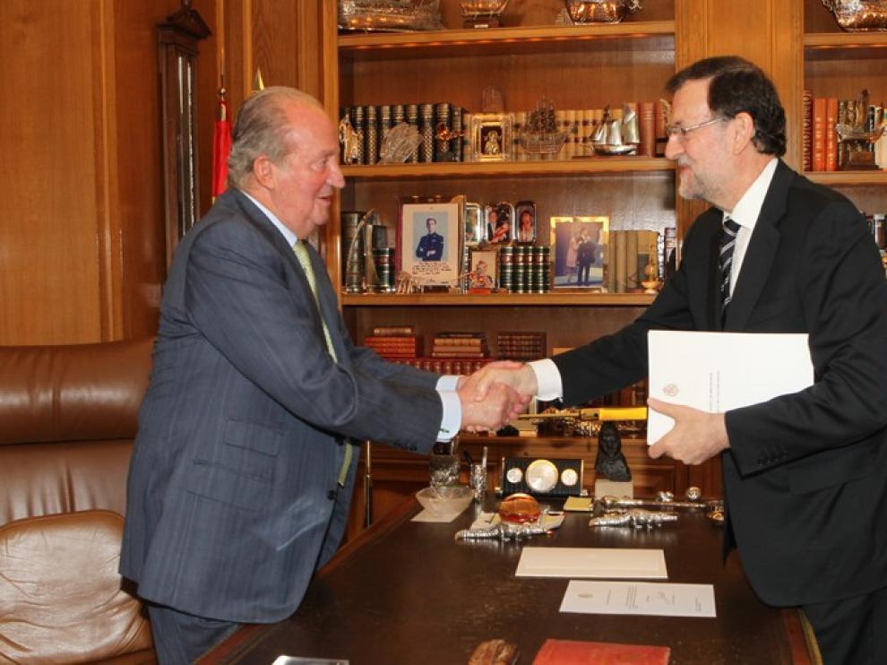 Abdica el rey Juan Carlos I