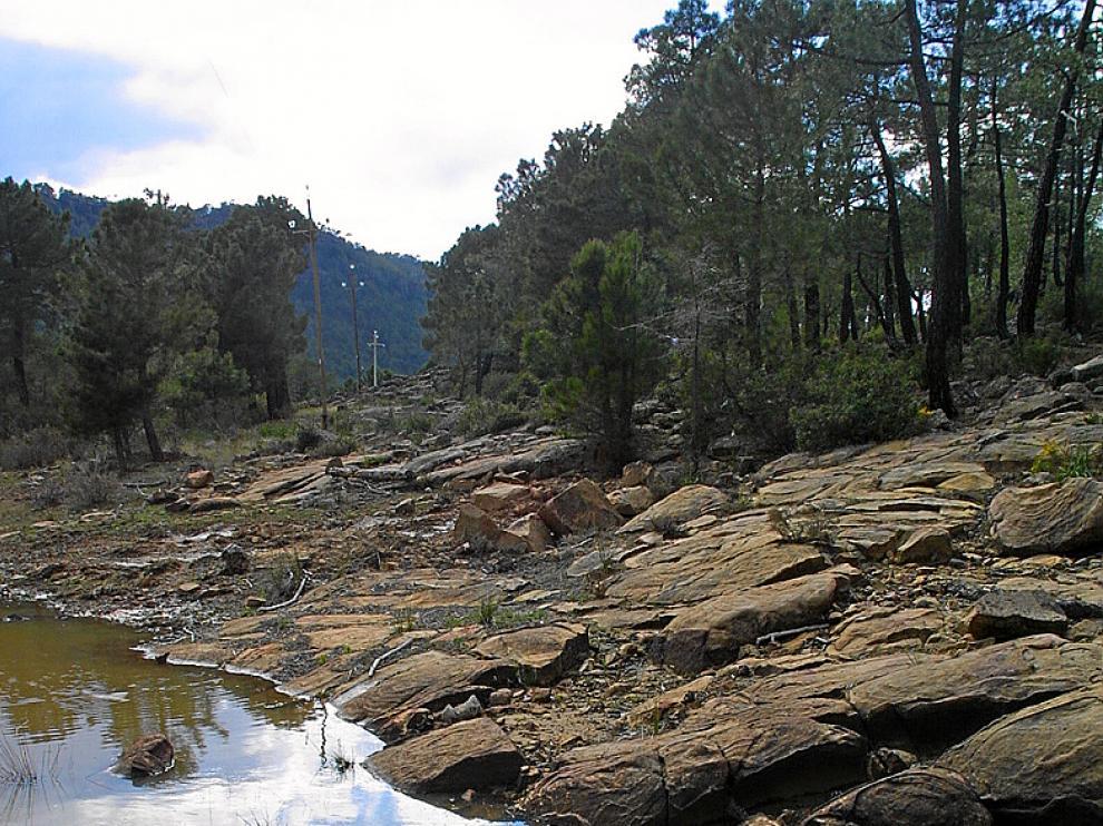 Rocas areniscas cerca de Bezas.
