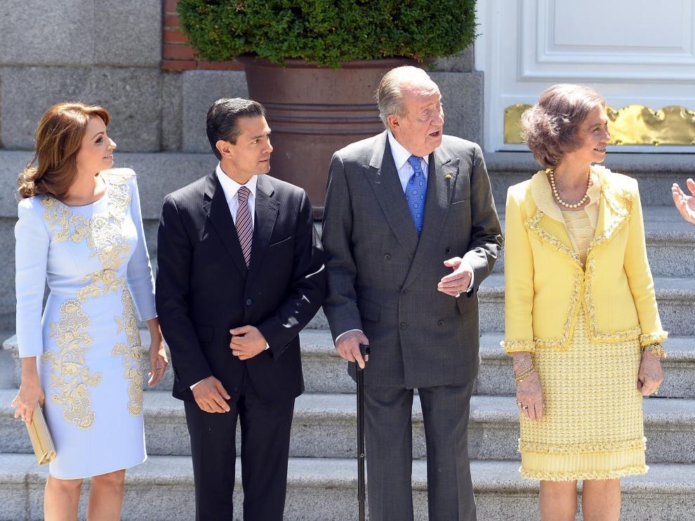 Los Reyes y el Príncipe Felipe junto a Peña Nieto y su esposa