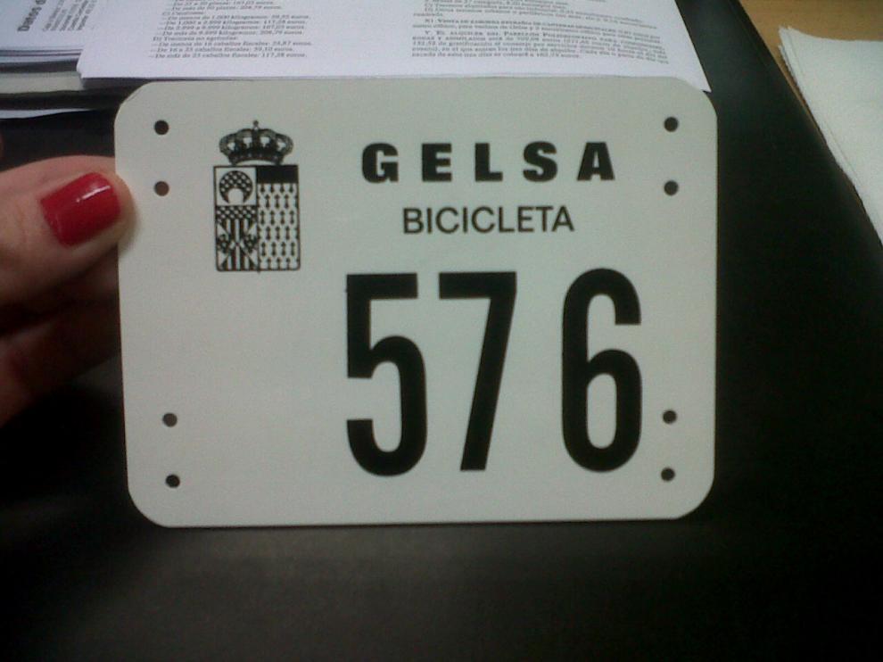 Gelsa todavía ofrece a sus vecinos matrículas para las bicicletas