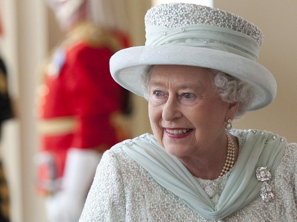 La Reina inglesa, Isabel II