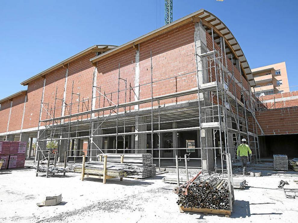 Edificio de Remar en construcción en Rosales de l Canal