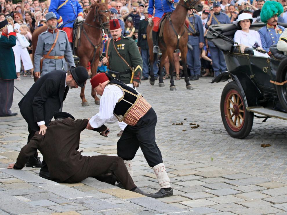 Reconstrucción de una escena del asesinato de Sarajevo.