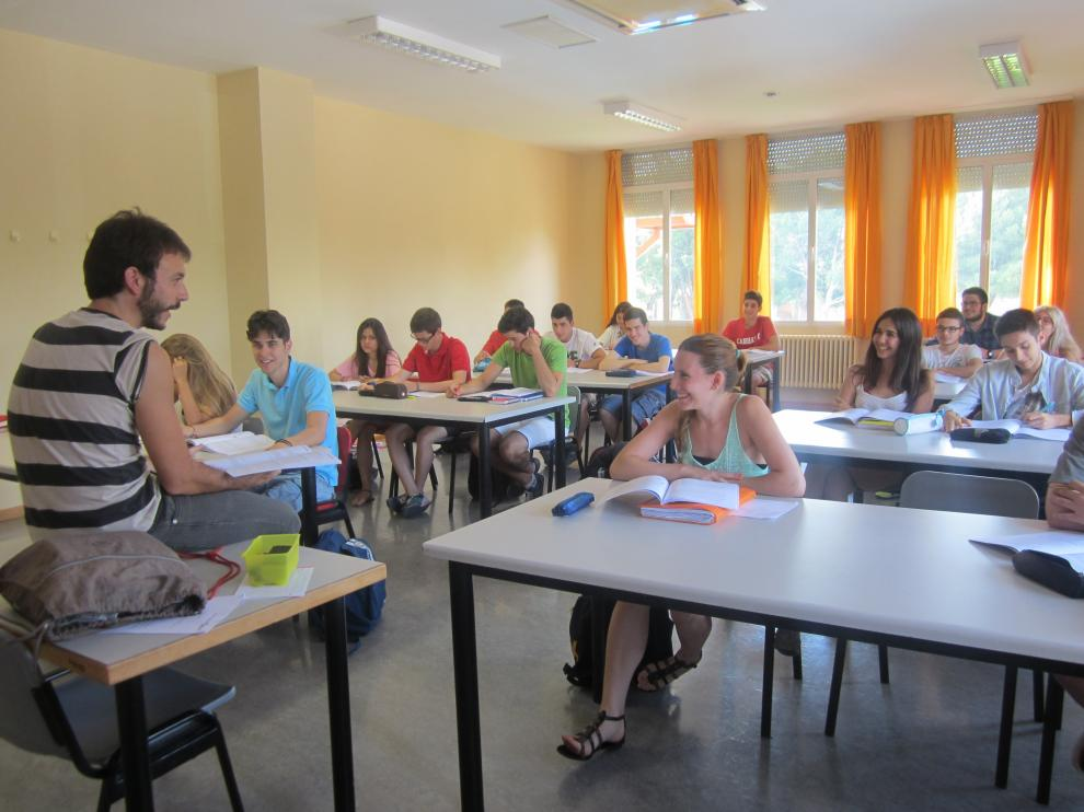 Los alumnos de segundo de bachillerato durante una clase de Lengua y Literatura