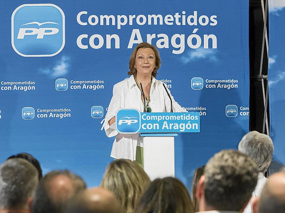 Luisa Fernanda Rudi lanzó su propuesta en la última junta directiva regional del PP antes de las vacaciones.