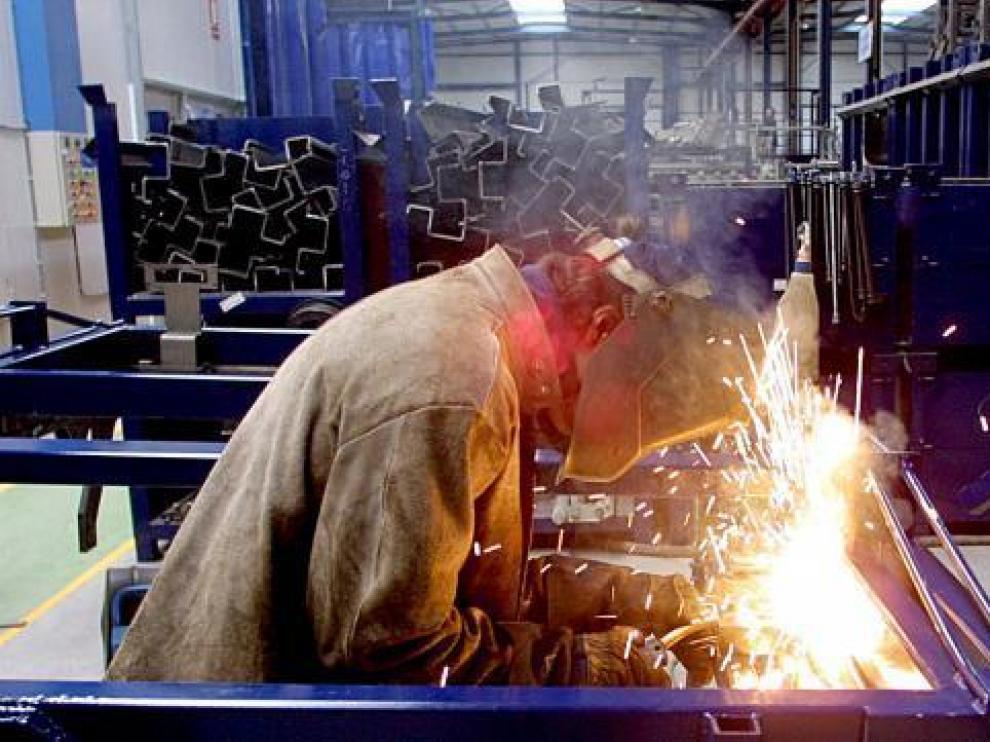 Un trabajador del metal en Aragón