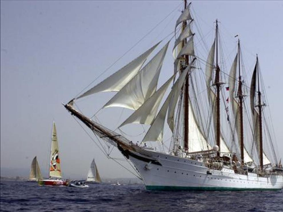 El buque Juan Sebastián Elcano en una imagen de archivo