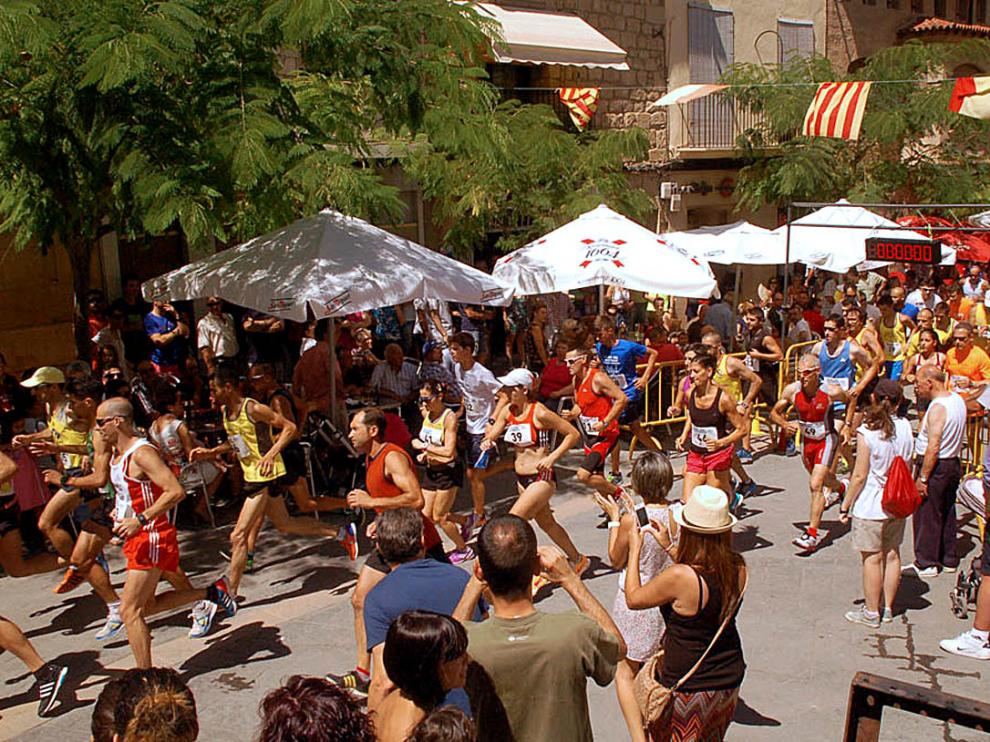 Una agotadora carrera en Maella para celebrar el día de San Lorenzo
