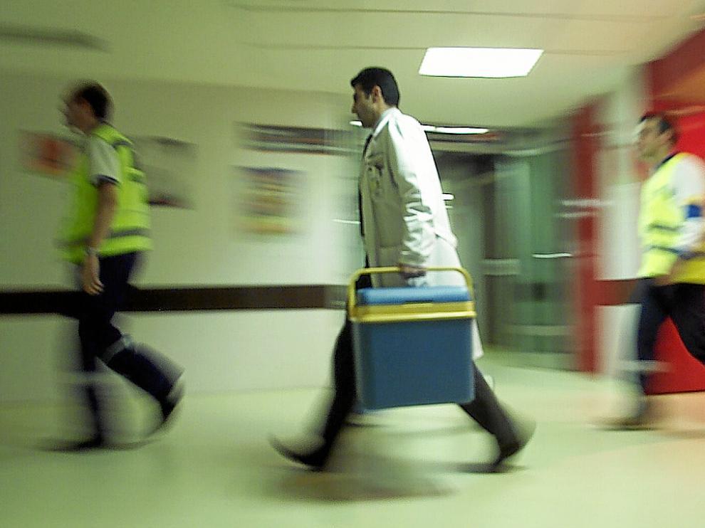Simulacro de traslado de órganos para su posterior trasplante.