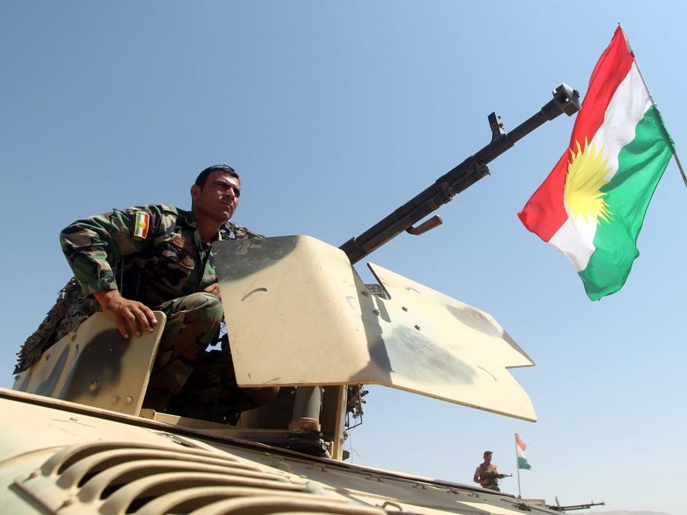 Un soldado en el kurdo en la ofensiva iraquí