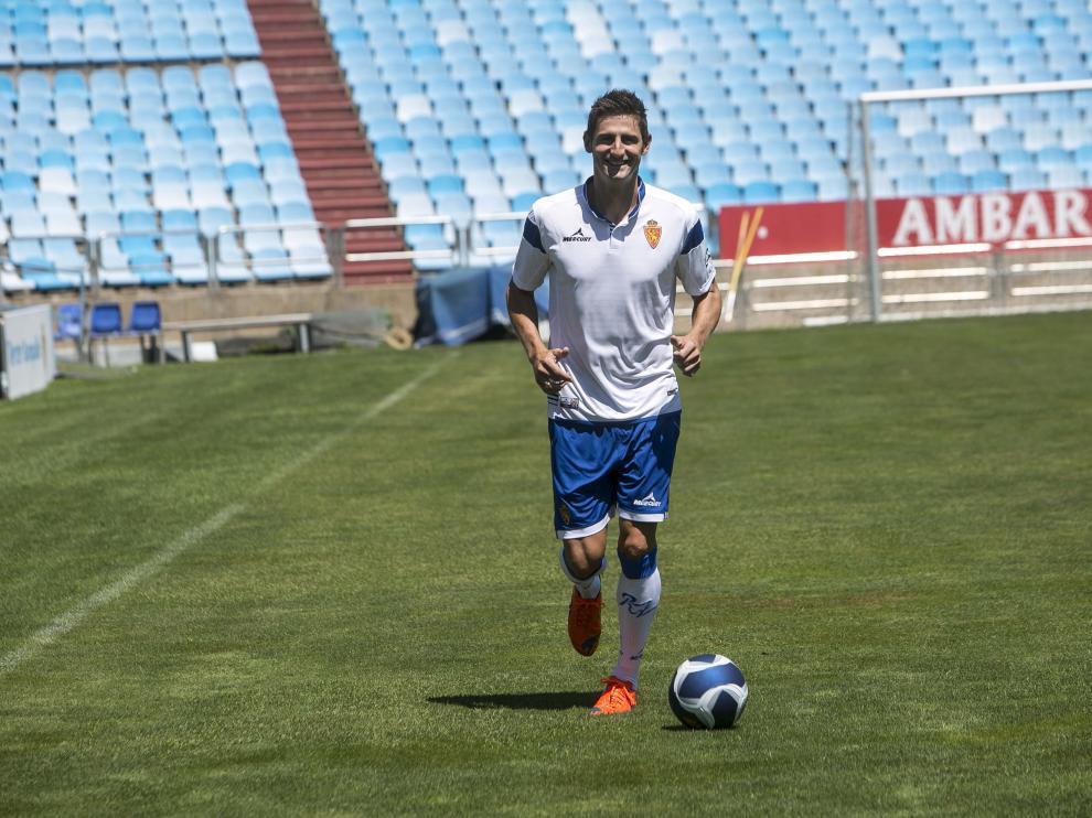 Rubén González, central del Real Zaragoza