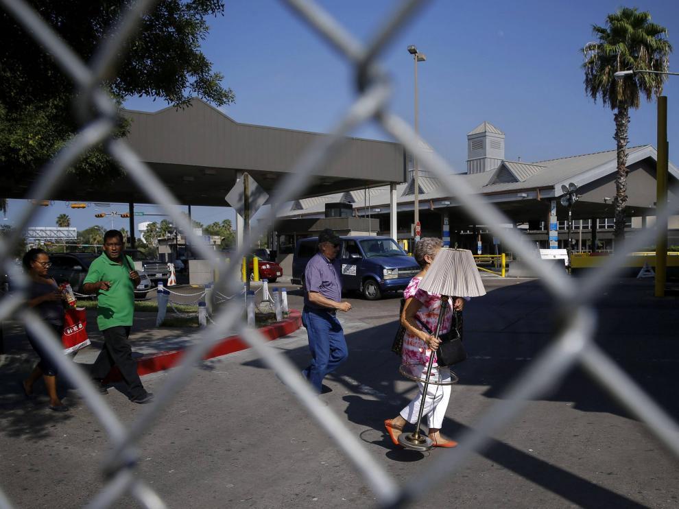 Inmigrantes en la frontera mexicana de Texas
