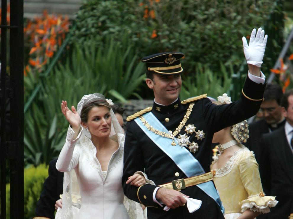 Pertegaz diseñó el vestido de novia de doña Letizia
