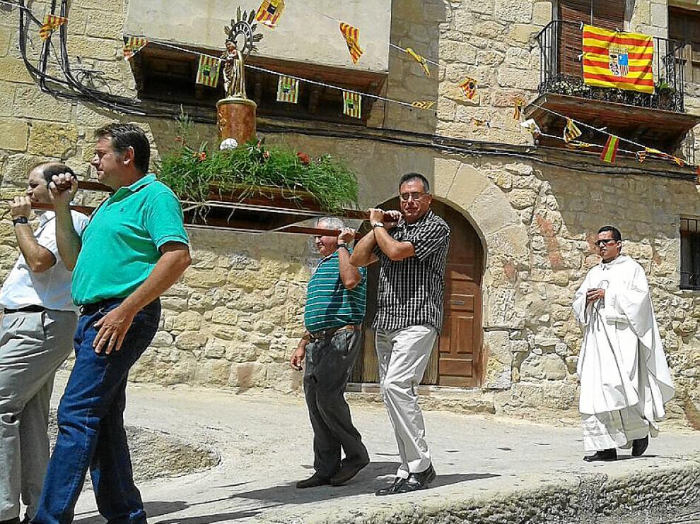 Imagen de la procesión celebrada ayer en Lledó.
