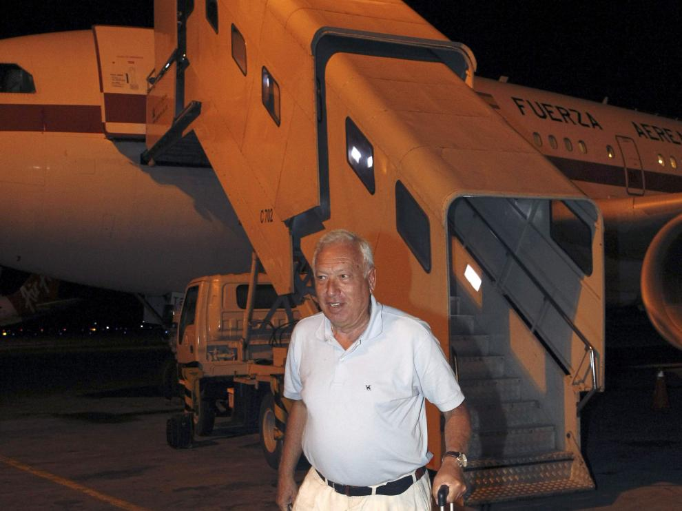 Margallo parte a Samoa en el nuevo avión tras la avería