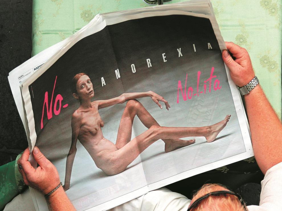 La modelo Isabelle Caro protagonizó en 2007 la controvertida campaña publicitaria Nolita ('No anorexia').